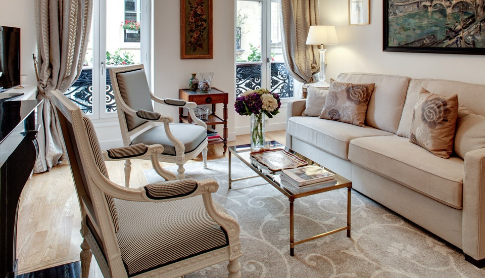 Luxury Vacation Rental Apartment Paris France Palais Royal Pied Terre Time Place