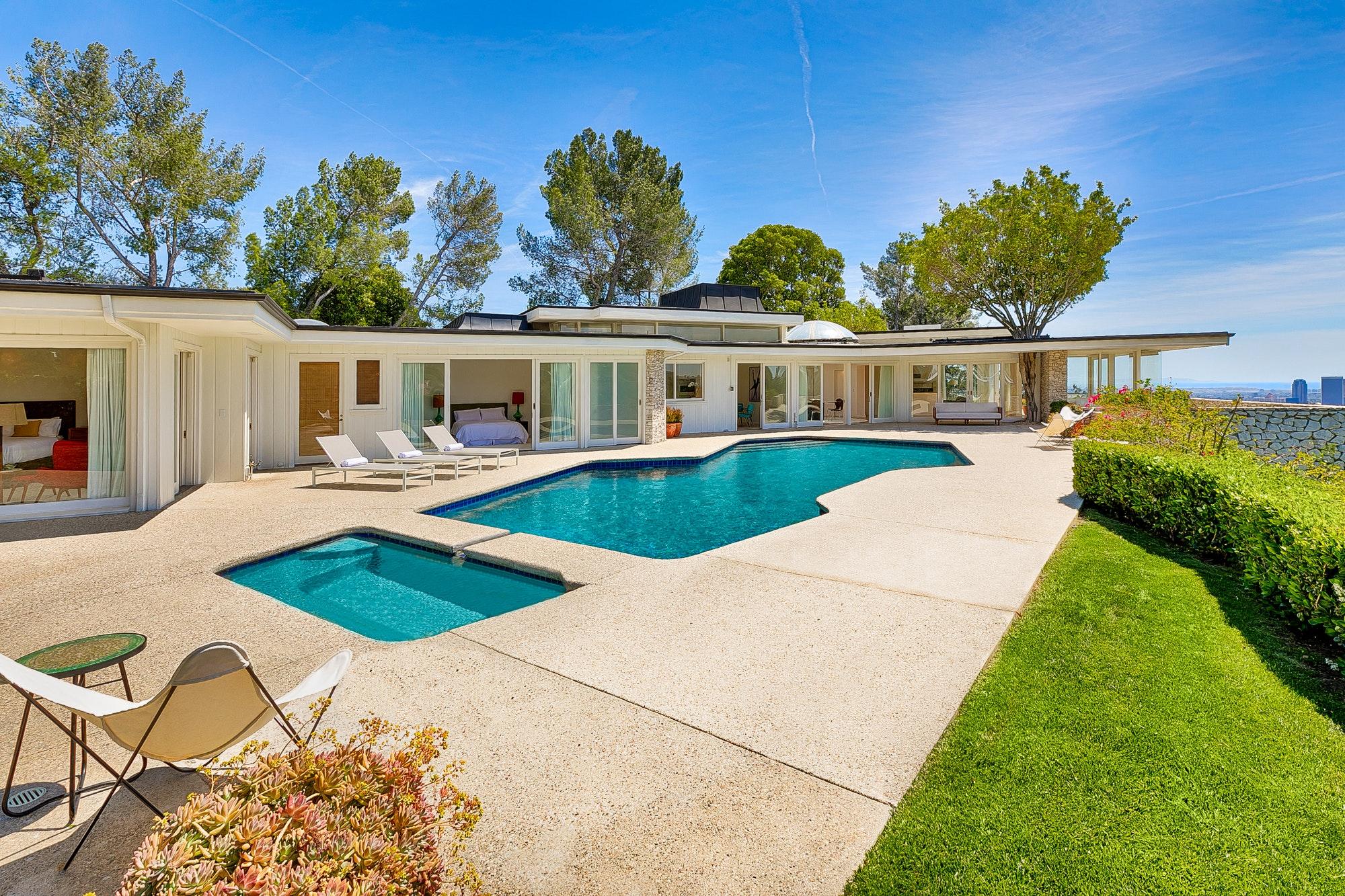 luxury vacation rental home beverly hills ca elvis presley