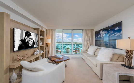 South Beach 2BR Beachfront Condo 229