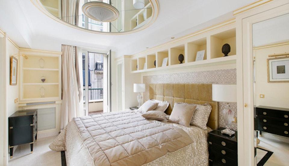 Luxury Vacation Rental Home | Paris, France | Saint Germain Pied-a ...