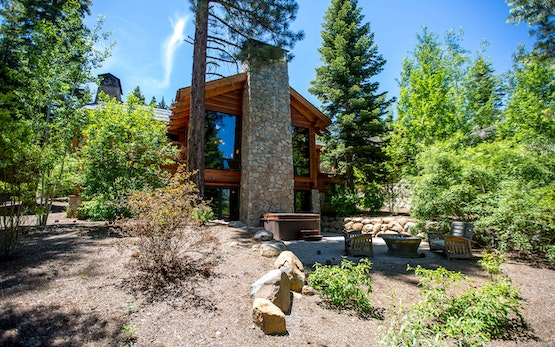 Mountain Bear Lodge: Gorgeous 5Br/5+2 Half Bath Luxury Home