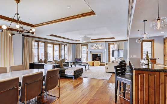 Luxury 3 Br Alpine Retreat in Vail, Sleeps 8!